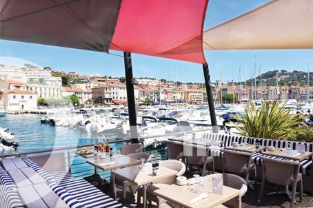Le yacht Club à Cassis