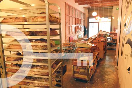 le bar pain adresses cl s. Black Bedroom Furniture Sets. Home Design Ideas